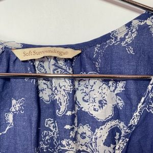 Soft Surroundings Tops - Soft surrounding Nimes eyelet lace paisley Tunic